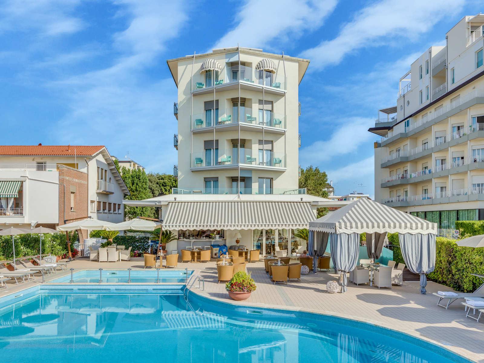Hotel delle mimose jesolo hotel reservation hotel 3 for 3 stelle arreda beinasco